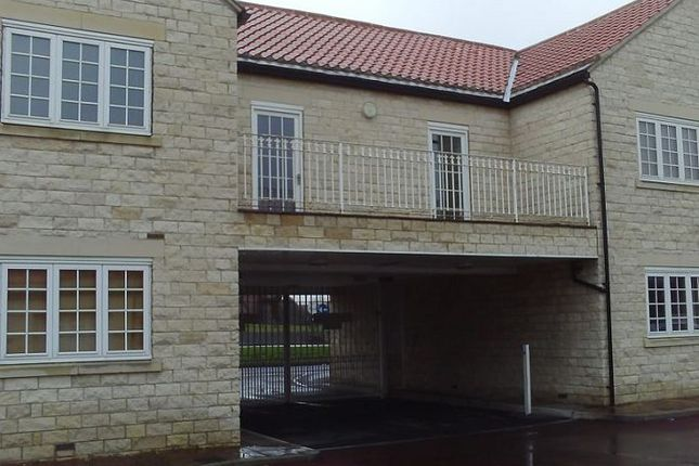 Thumbnail Flat to rent in Warmsworth Mews, Warmsworth, Doncaster