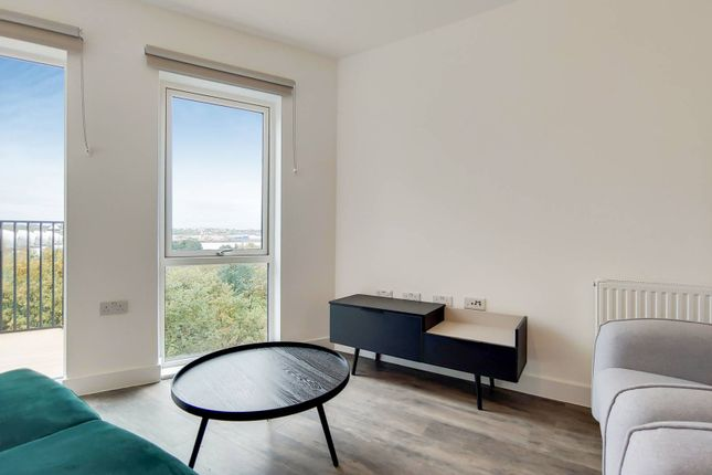 Thumbnail Flat to rent in Millet Place, Silvertown, London