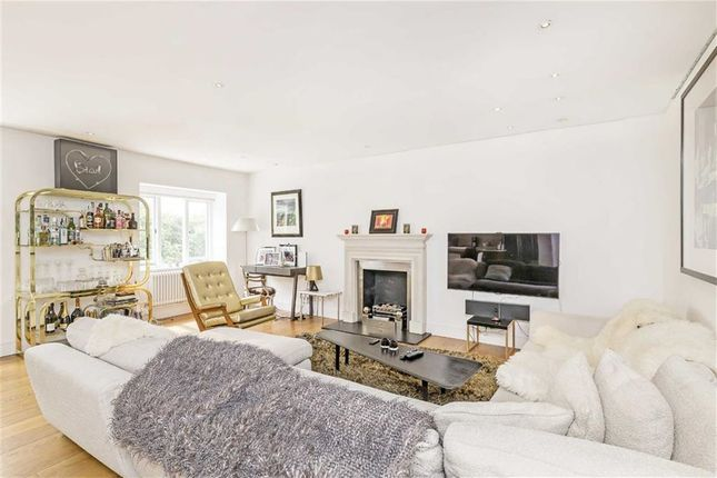Cleveland square london w2 4 bedroom flat for sale for 18 leinster terrace london w2 3et