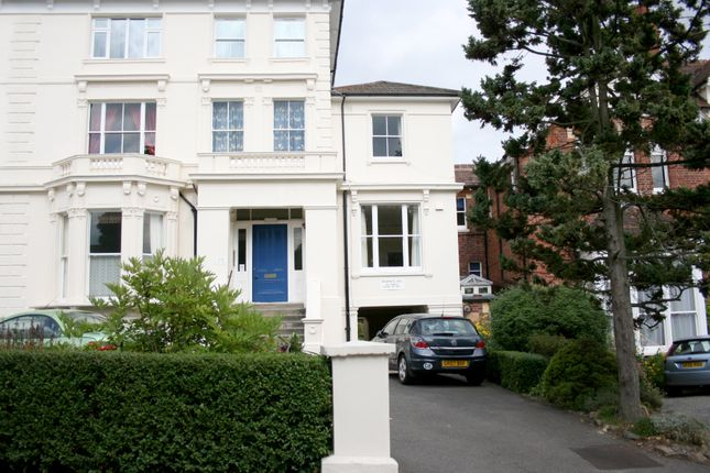 Thumbnail Town house to rent in Amherst Road, Tunbridge Wells
