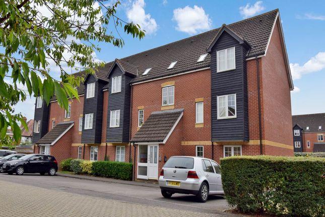 Thumbnail Property to rent in Harbury Court, Newbury, Berkshire