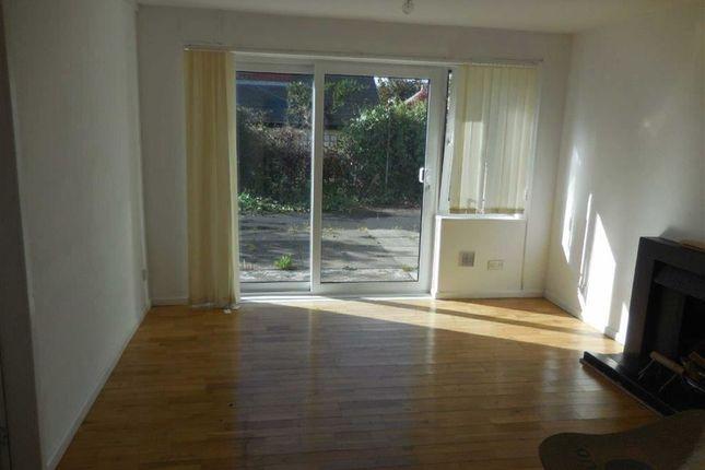 Thumbnail Flat to rent in Llanbadarn Fawr, Aberystwyth