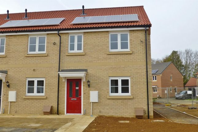 Thumbnail Town house to rent in Hetterley Drive, Barleythorpe, Oakham