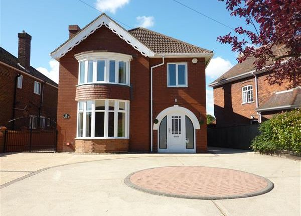 Thumbnail Detached house for sale in Humberston Road, Grimsby