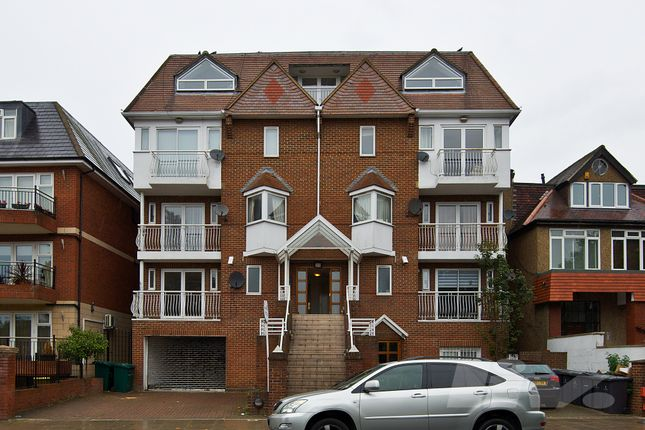 Photo 3 of Highview House, Queens Road, Hendon NW4