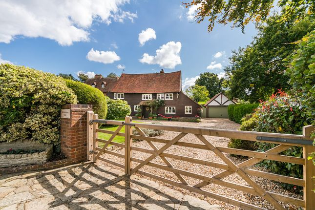 Thumbnail Barn conversion for sale in Newchapel Road, Lingfield