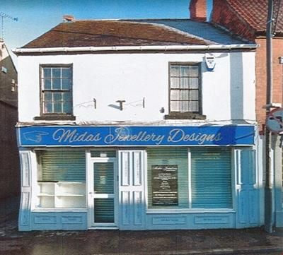 Thumbnail Commercial property for sale in 10 King Street, Thorne, Doncaster