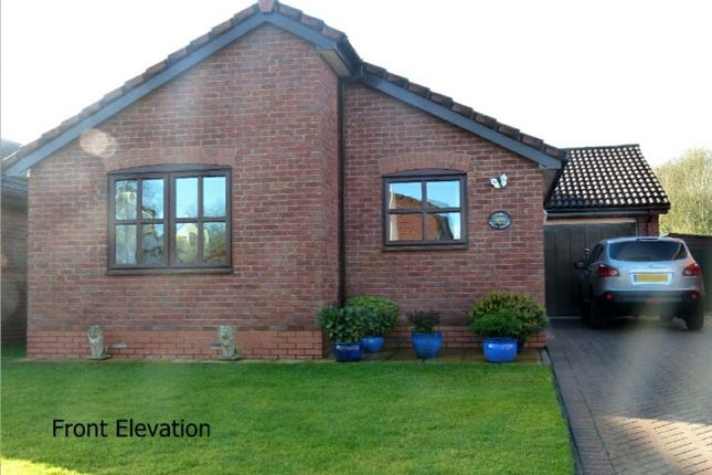 3 bed detached bungalow for sale in Holly Grange, Weston Rhyn, Oswestry, Shropshire