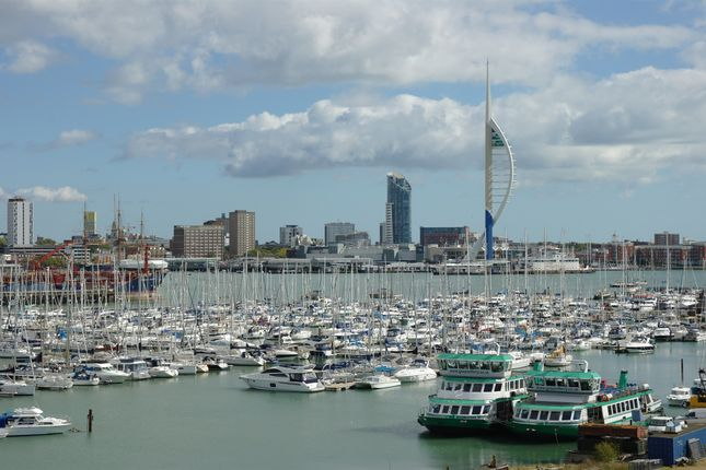 Thumbnail Flat for sale in Rope Quays, Gosport