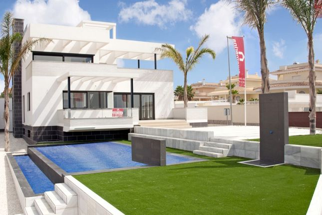 Thumbnail Villa for sale in Rojales, Rojales, Alicante, Spain