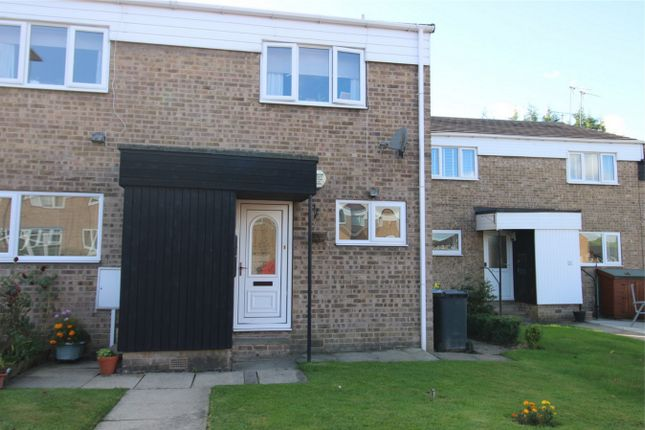 2 bed flat for sale in Lime Grove, Chapeltown, Sheffield, South Yorkshire S35