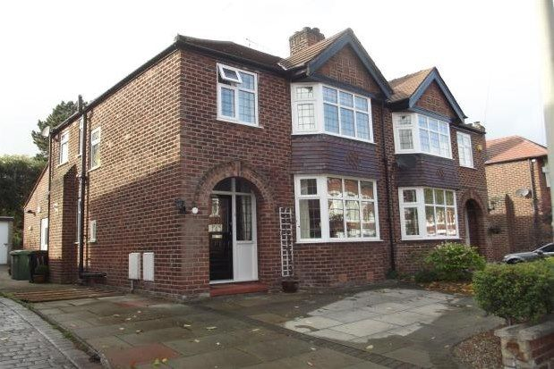 Thumbnail Property to rent in Richmond Road, Altrincham