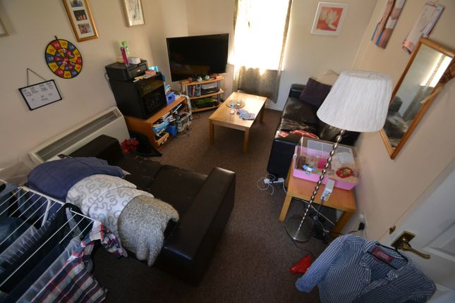 Thumbnail Flat to rent in Watkins Square, Llanishen, Cardiff