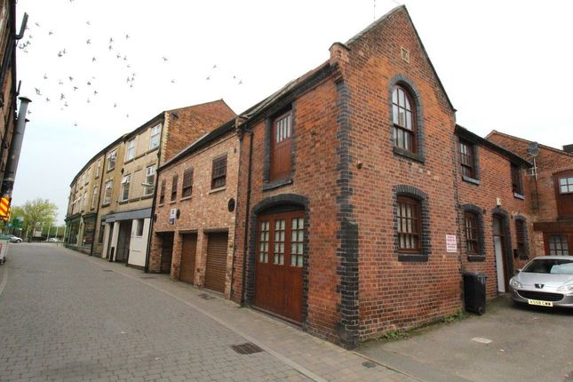 Thumbnail Flat to rent in Drury Lane, Rugby