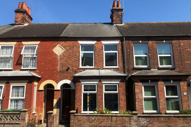 Terraced house to rent in John Road, Gorleston, Great Yarmouth