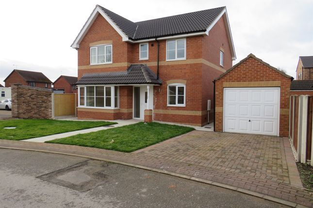 Thumbnail Detached house for sale in Middlefield Close, Dunscroft, Doncaster