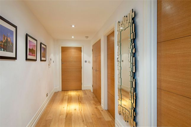 Picture of North Mews, London WC1N