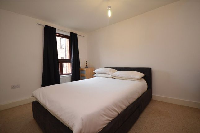Picture No. 01 of Apartment 11, Read, Woodlands Village, Wakefield, West Yorkshire WF1
