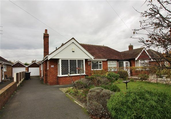 Thumbnail Bungalow to rent in Boston Road, Lytham St. Annes
