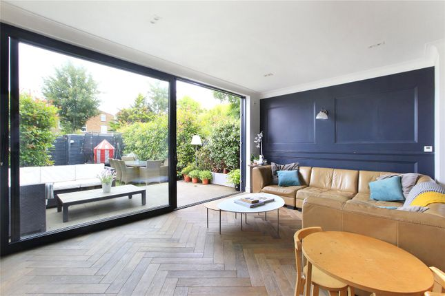 Picture No. 03 of Fernlea Road, Balham, London SW12