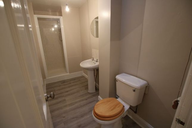 Bathroom of Dons Road, Dundee DD3