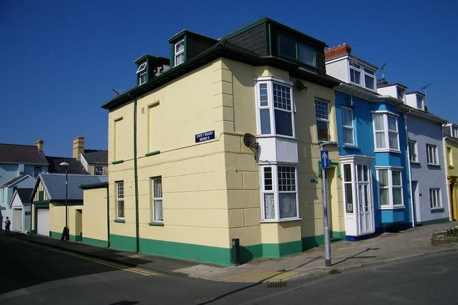 3 bed property for sale in Alexandra Road, Aberystwyth