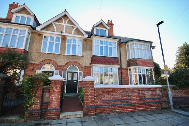 Thumbnail Terraced house to rent in Nettlecombe Avenue, Southsea