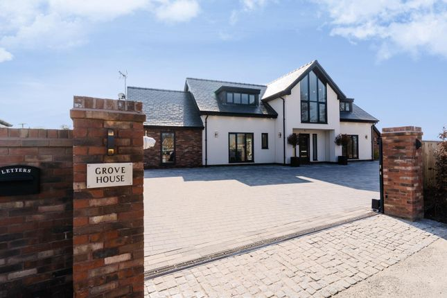 Thumbnail Property for sale in Grove House, Llyndir Lane, Rossett