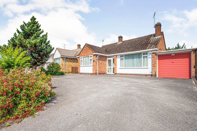 Thumbnail Bungalow for sale in Thornby Avenue, Kenilworth