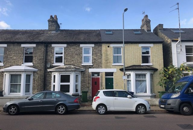 Thumbnail Shared accommodation to rent in Devonshire Road, Cambridge