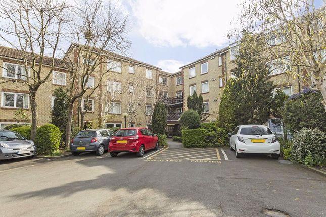 Thumbnail Flat to rent in Fishers Lane, London