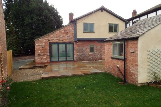 Thumbnail Cottage to rent in Chester Road, Tabley, Knutsford