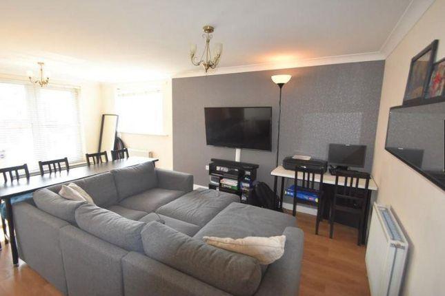 Lounge 2 of Flat 21 Poppyfields, 1 Bullar Road, Southampton SO18