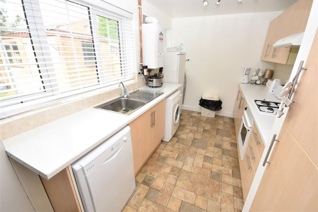 Kitchen of Bodmin Road, Luton LU4