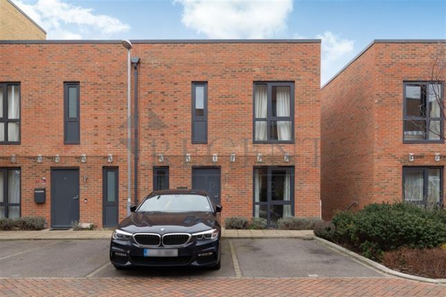 4 bed property for sale in London SW15