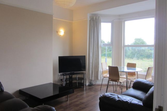 Thumbnail Flat to rent in Penny Lane, Off Smithdown Road, Liverpool