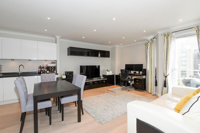 1 bed flat for sale in Kensington Gardens Square W2,