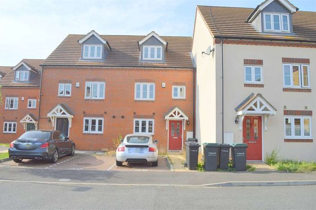 Thumbnail Property for sale in Quarry Close, Gravesend, Kent