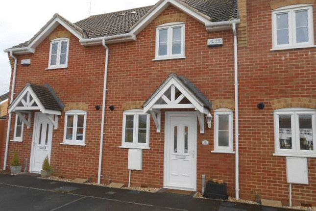 Thumbnail Terraced house to rent in Bentley Grove, Calne