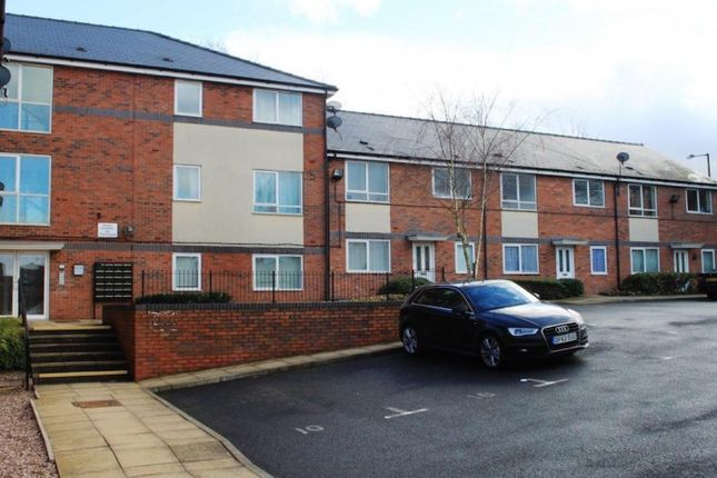 2 bed flat to rent in Terryfield Court, Lichfield Road, Walsall, Walsall WS4