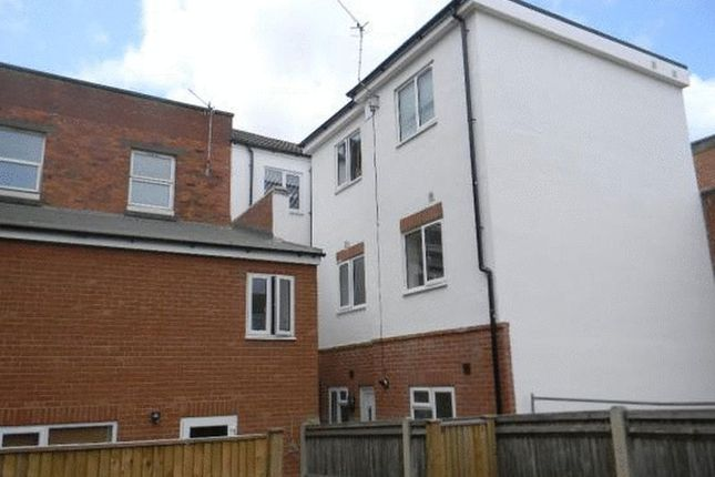 2 bed flat to rent in Victoria Road, Woolston, Southampton
