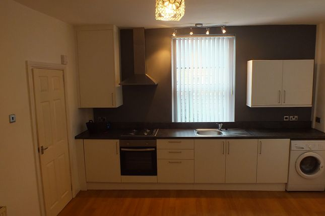 Thumbnail Terraced house to rent in Britannia Road, Leeds, West Yorkshire