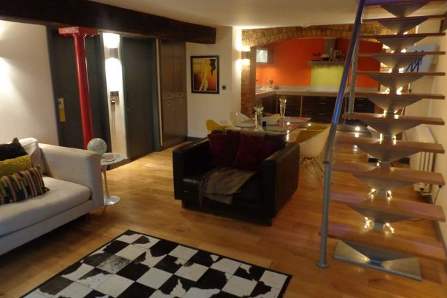 Thumbnail Flat to rent in Briton Street, West End