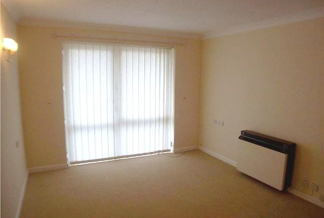 Thumbnail Flat to rent in Homedee House, Garden Lane, Chester, Cheshire