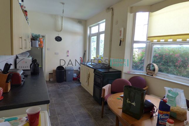 End terrace house to rent in Fosse Road South, Leicester