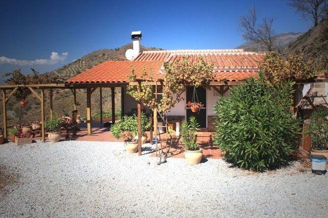 3 bed villa for sale in 29716 Canillas De Aceituno, Málaga, Spain