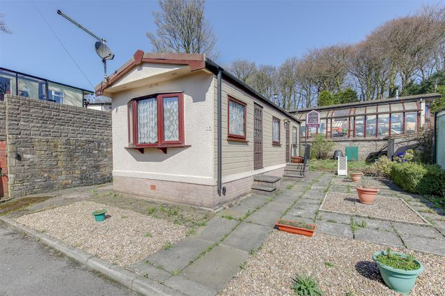 Thumbnail Mobile/park home for sale in Hall Park, Acre, Rossendale