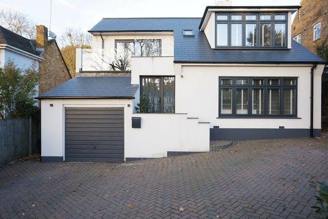 Thumbnail Detached house for sale in The Knoll, Rayleigh