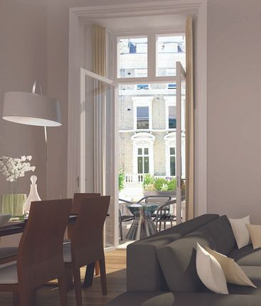 Thumbnail Flat for sale in Palace Gardens Court, Notting Hill