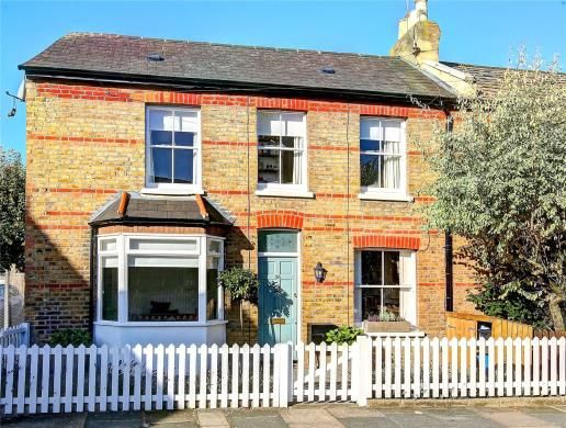 3 bed end terrace house for sale in Elleray Road, Teddington